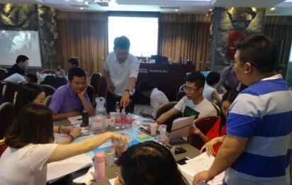 6月18-19日,裴章先老师授课上海荷兰商学院《战略管理与决策》